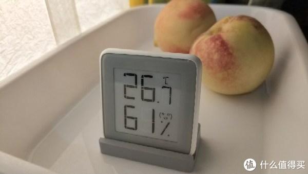 开箱圆咕隆咚的温湿度计一枚