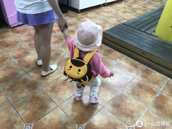 宝宝的第一个小书包:诺狐防走失背包晒单