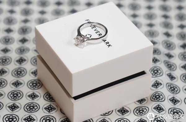 什么!周大福这款66分的钻石戒指卖3万?周大福 Forevermark 钻戒