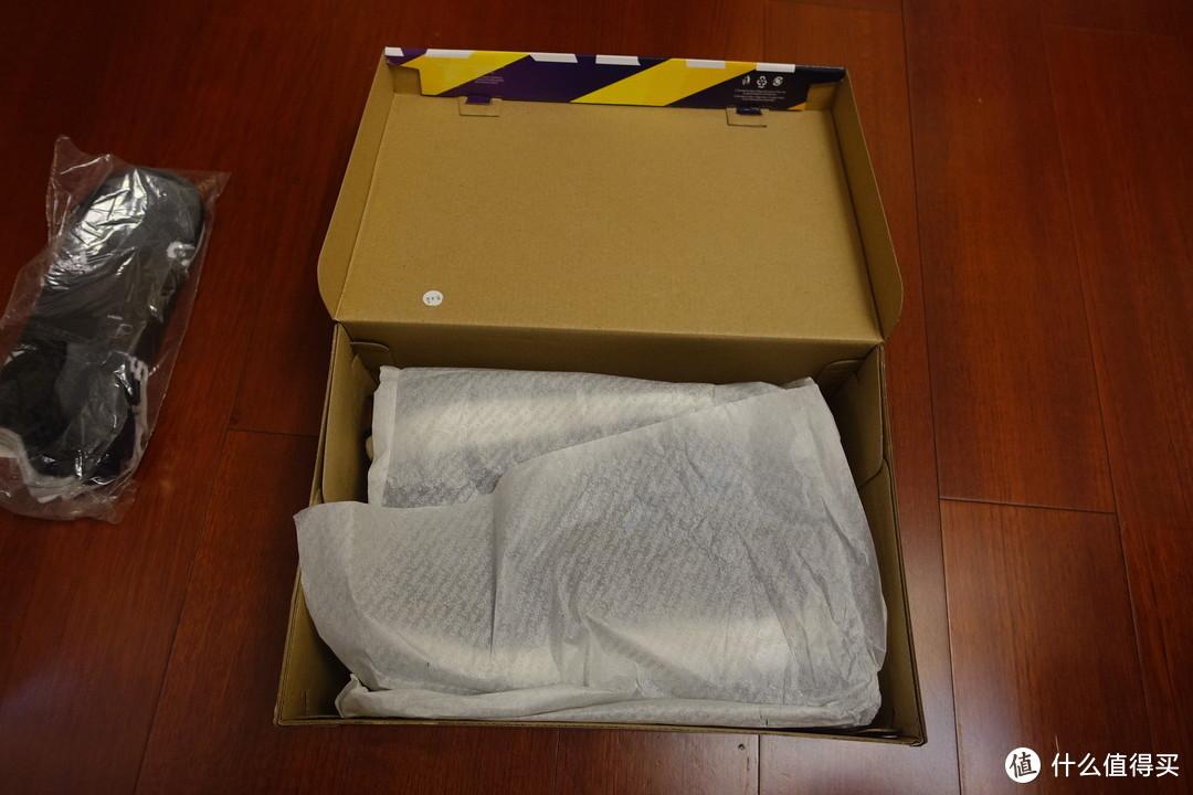 秋日里的一抹枫叶红——adidas阿迪达斯UltraBOOST All Terrain男士跑鞋