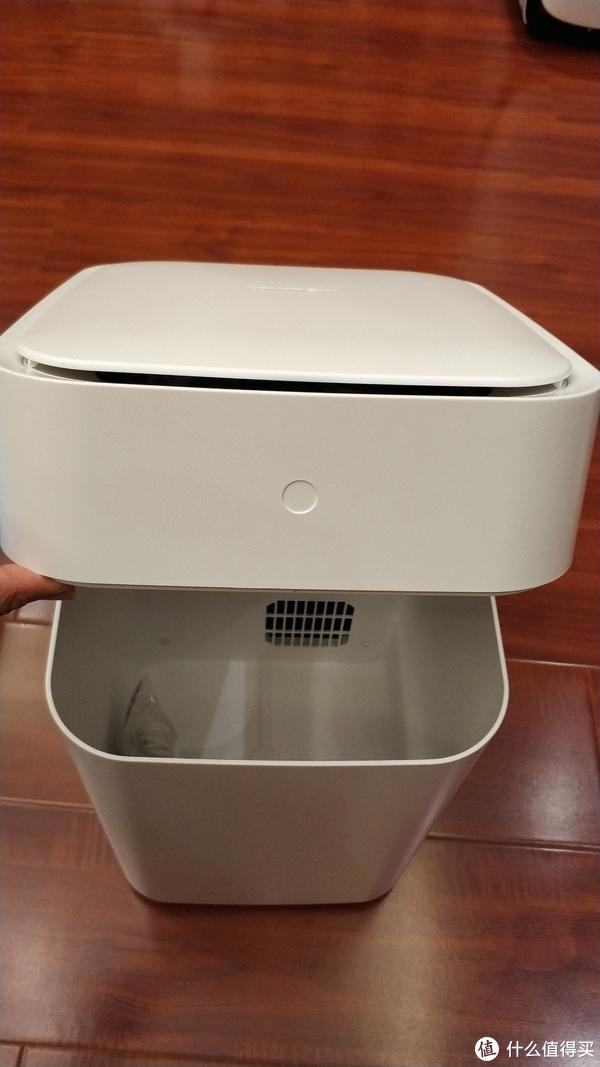 智能垃圾桶向前走一步—townew 拓牛智能垃圾桶开箱评测[提高生活质量篇一]