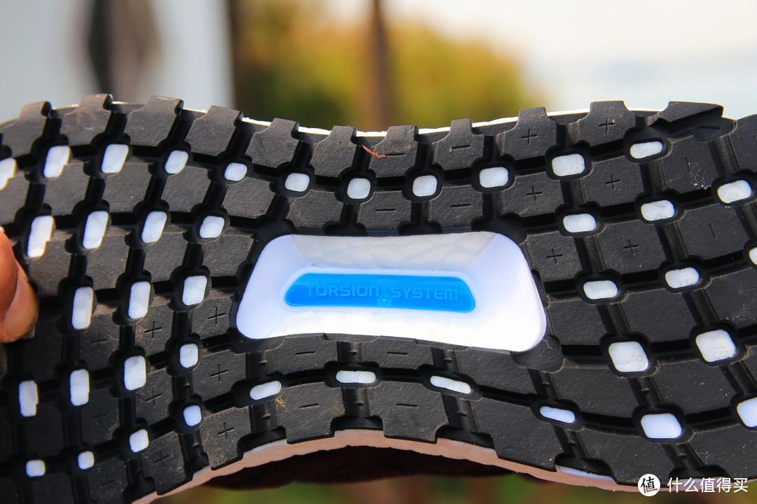 颜值实力功能性并存——   adidas阿迪达斯UltraBOOST All Terrain 评测