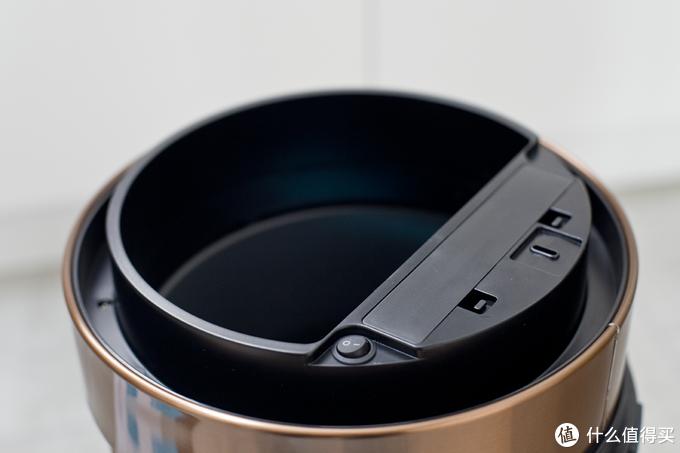 垃圾桶也可以如此优雅,还有智能感应功能?