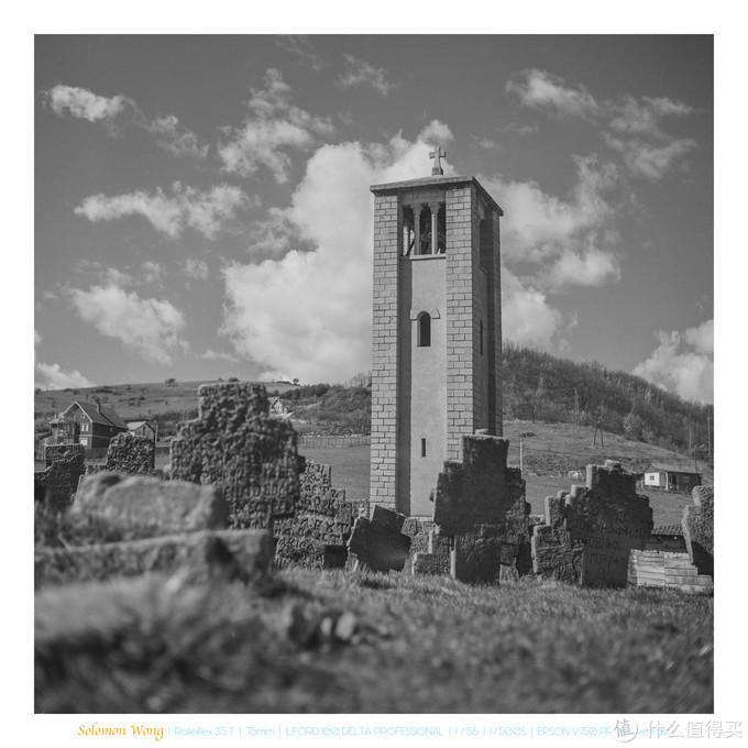 神圣使徒教堂单独的钟楼