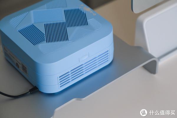 净化随身带:bMOLA便携式无线空气净化器