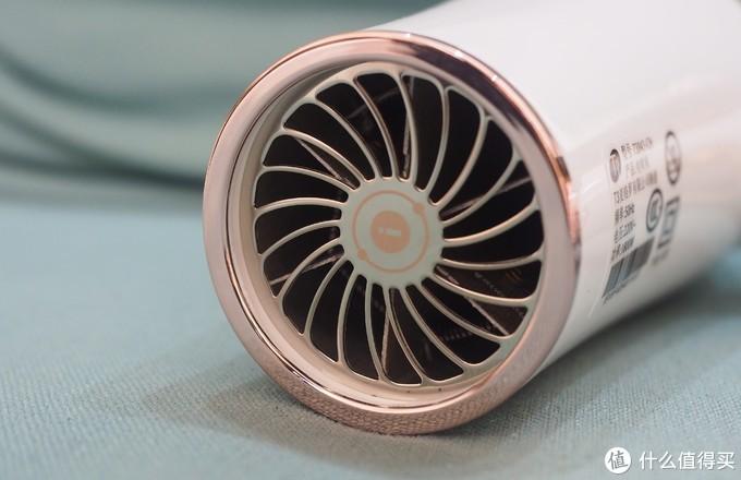 Jessy老师说,这是他用过最好的吹风机——T3 2i 羽量轻型吹风机 试用报告