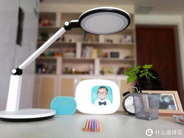 做孩子明眸的安全卫士——孩视宝智能台灯开箱测评