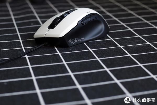 【單擺出品】冰豹Kone Pure夜枭-熊猫版 游戏鼠标评测