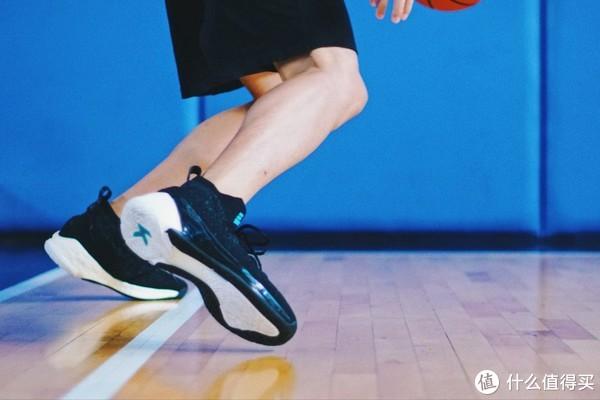 球鞋90秒第六十六期—安踏 KT4