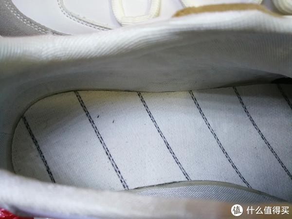 鞋内部看鞋底,还算工整
