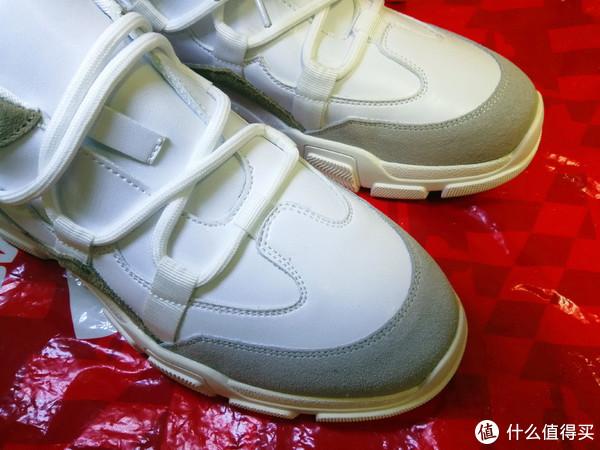 男人的小白鞋1—认识大妈后竟然会囤鞋之开箱
