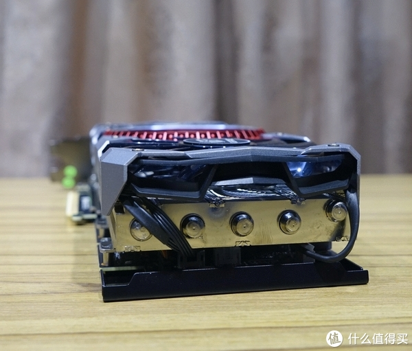 RTX2080笑怼GTX1080Ti—COLORFUL 七彩虹 iGame RTX 2080 Advanced OC显卡 开箱及详测