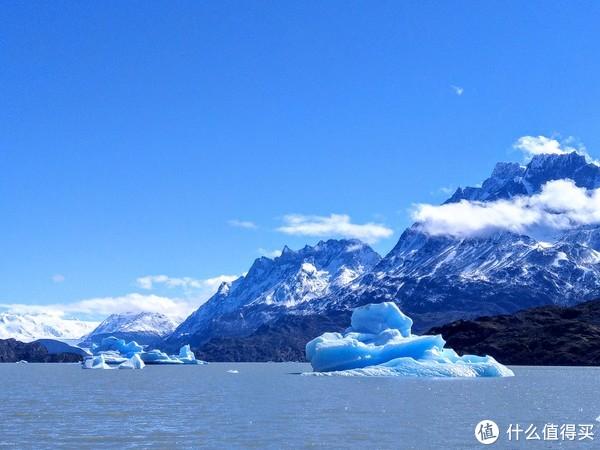 格雷湖上的浮冰