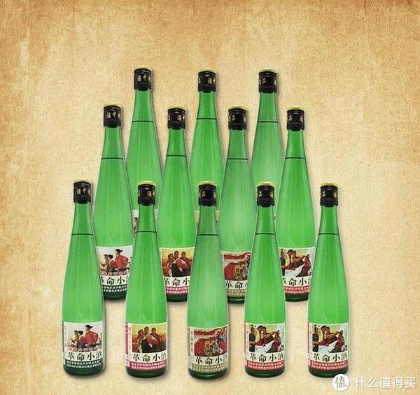 """超市里面的""""憋屈""""酒!因包装简陋没人买,却是地地道道的天然酒"""