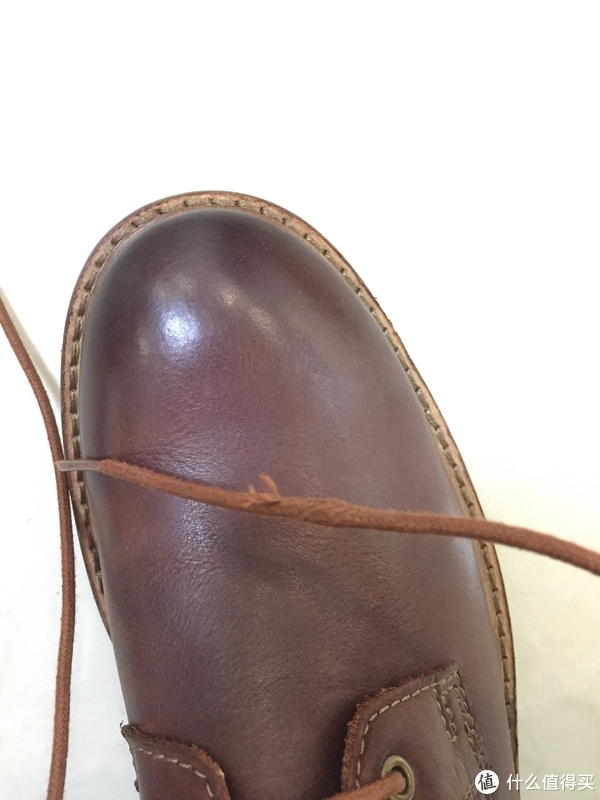 这鞋带是被老鼠啃了吗?