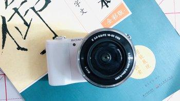 SONY a5100相机外观展示(变焦拨杆|机身|屏幕|握持)