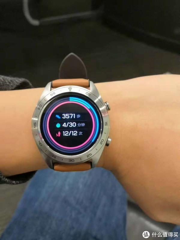 时尚达人的智能手表,能玩能搭忍不住种草