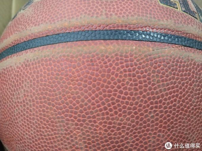 篮球要怎么挑选? 150元才是一颗正常篮球该有的价格!!