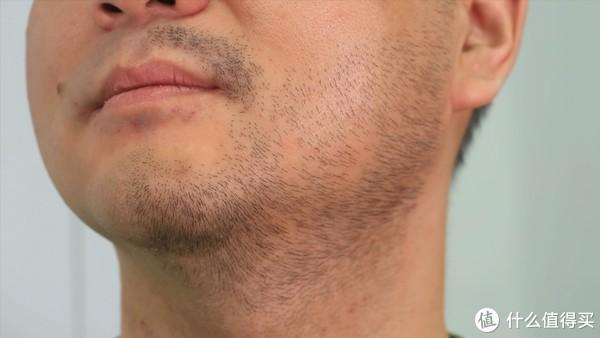 """行必备的大号""""手电筒""""——须眉便携便携剃须刀"""