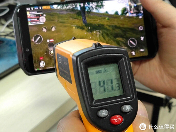 为高端竞技而生 黑鲨游戏手机Helo评测