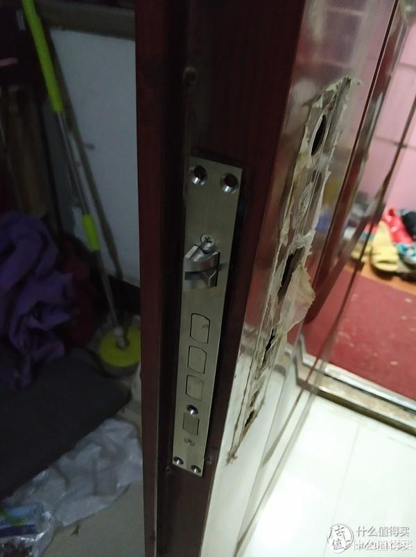 小益E205 家用防盗门指纹锁 手动安装 分享