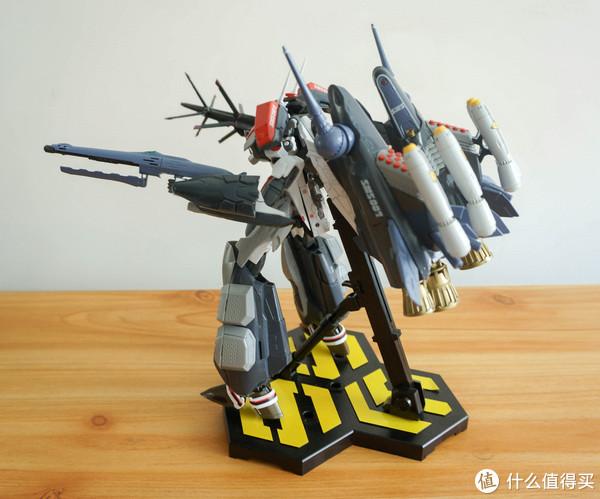 Bandai 万代 超时空要塞 1:72 VF-25F 全装备重装型/阿鲁特机专用模型晒单!