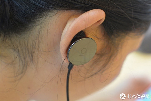 音乐人做出来的耳机:i.am+ Ceramic Buttons无线耳机