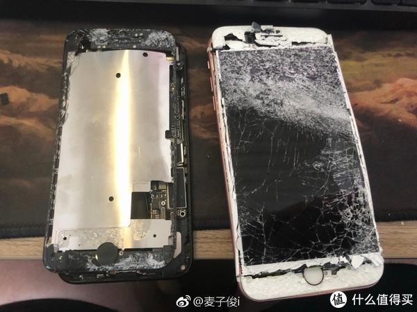 听说iPhone换屏要2000多,也许你需要这份「防摔壳选购指南」
