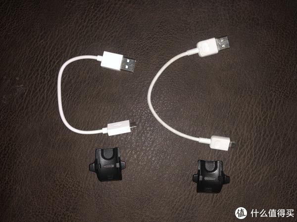 数据线和充电座,除了数据线的两端有少许不同外,外并没有实质的区别