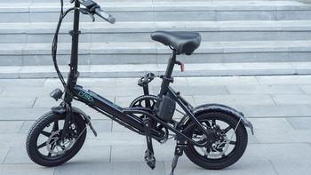 FIIDO D3电动自行车外观展示(车架 按键 显示屏 坐垫 轮胎)