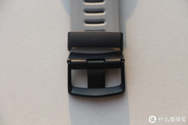 表带扣也是哑光设计,比较有质感
