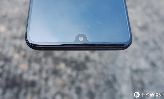 """巨屏随身影院,能打电话的""""平板"""":荣耀8X Max手机观影体验"""