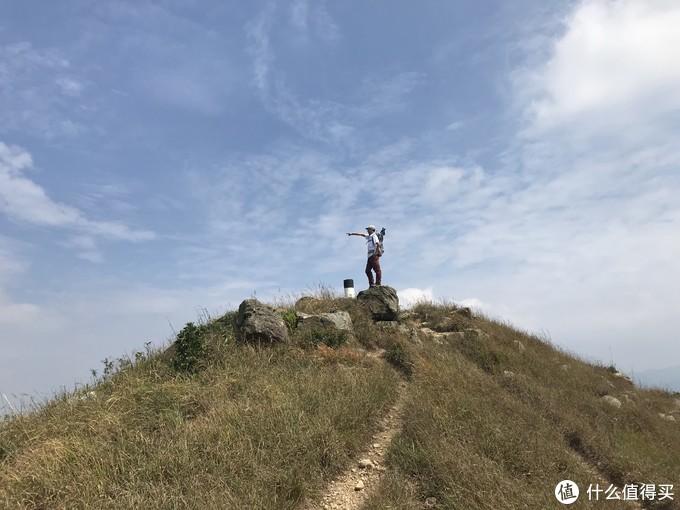 香港徒步经典线路 —鸡公岭穿越大刀刃