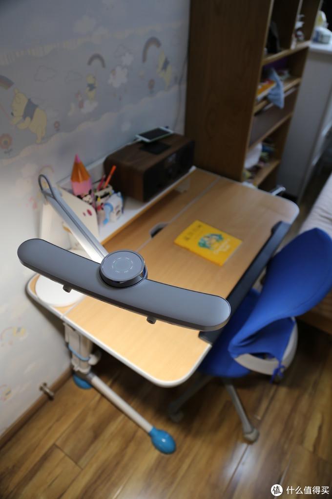 陪伴孩子的成长   明基WiT MindDuo Plus儿童智能台灯评测