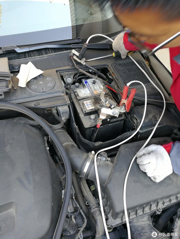 用一块普通蓄电池搭上电,全程不断电。