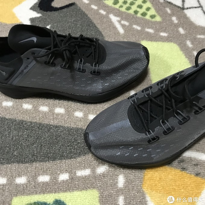React真赞!NIKE EXP-X14休闲鞋