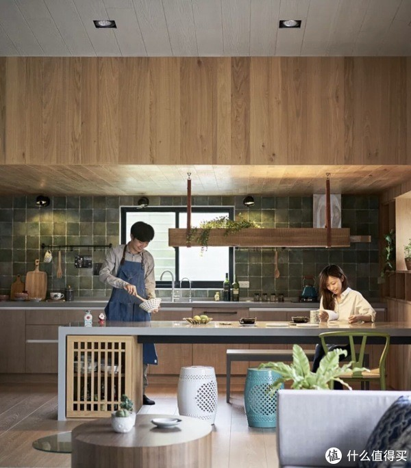 到底是先装修,还是先买家具?自己装修需要注意的地方是什么?