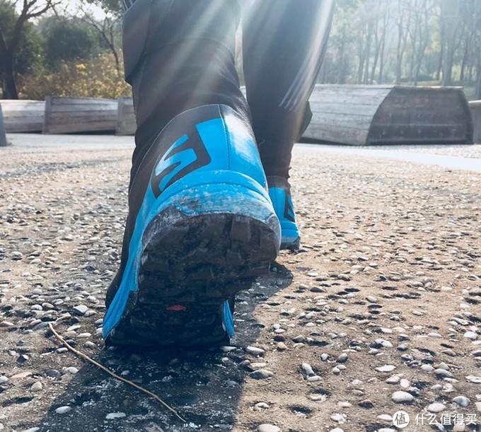 一双适合高海拔地区的越野跑鞋,萨洛蒙S-lab XA ALPINE