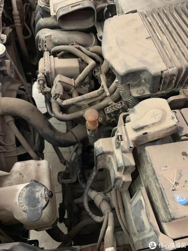 还是请忽视车的灰尘