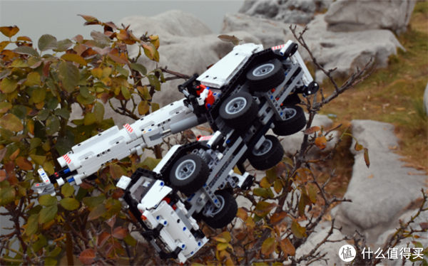 小米发布新款玩具,1:16仿真还原积木工程吊车,米粉要从小抓起
