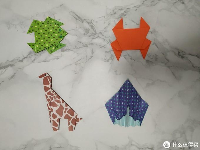 青蛙、螃蟹、长颈鹿、孔雀