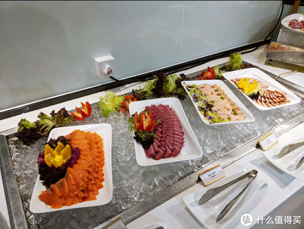 试吃试睡 第6期:大胃王挑战赛,真的有免费的晚餐!花园酒店自助餐试吃记录