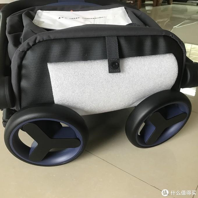 溜娃出门新利器:米兔折叠婴儿手推车