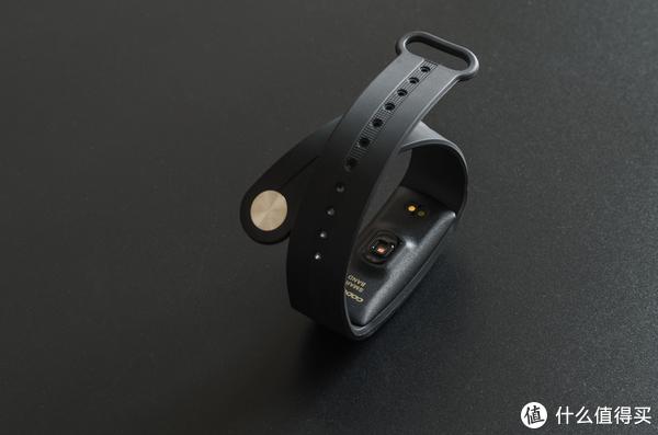 这款智能心率手环专为运动而生—咕咚智能心率手环