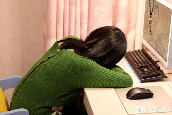 小米有品众筹立式助眠午睡枕,职场小憩更舒适,老百姓买得起