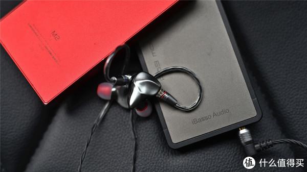 光影感爆表的耳机:七彩虹一圈一铁耳机CH1简单开箱分享