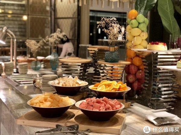 试吃试睡 第6期:大胃王挑战赛,杭州维景国际大酒店自助餐老牌新装修