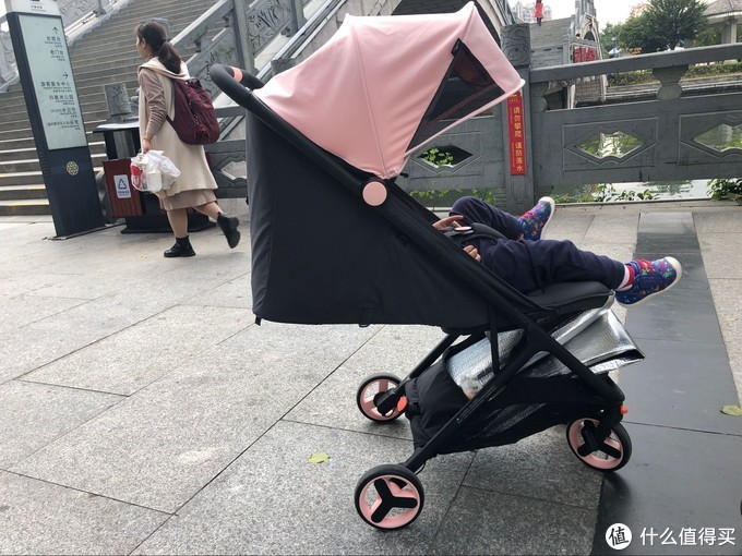 超静音减震防护小米兔~宝宝的登机优选推车~