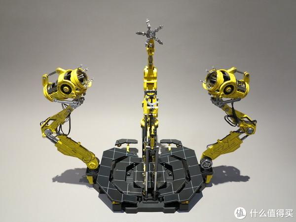 头部·双臂装甲机械臂