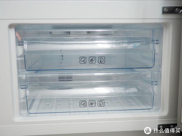 2000内一鸡能效、变频疯冷到底能不能打?美菱249WP3CX三门冰箱开箱体验